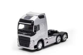 Volvo  - FH 3-axle 2016 silver - 1:32 - Welly - welly32690Ls | Tom's Modelauto's