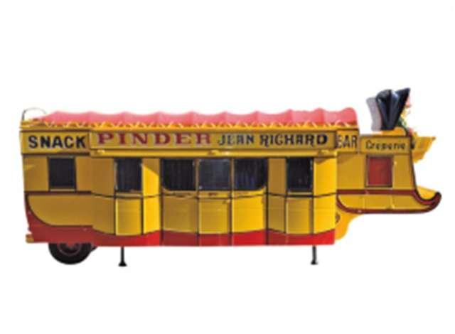 pinder circus | yellow/red | 1:43 | magazine models | magpinc05