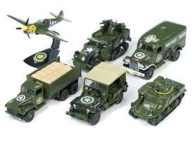 Assortment/ Mix  - army green - 1:64 - Auto World - AWML001A | Tom's Modelauto's