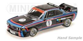 BMW  - 3.0 CSL 1974 black/red/blue - 1:18 - Minichamps - 155742691 - mc155742691 | Tom's Modelauto's
