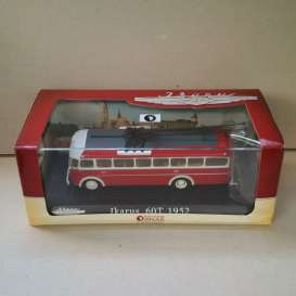 Ikarus  - 60 T 1952 red/white - 1:72 - Magazine Models - magBUS3570014 | Tom's Modelauto's