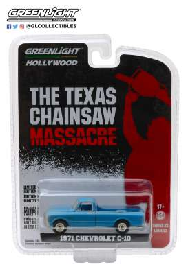 Chevrolet  - C10 *Texas Chainsaw Massacre* 1974 green-blue - 1:64 - GreenLight - 44820B - gl44820B | Tom's Modelauto's