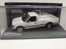 Chevrolet  - LUV white - 1:43 - Magazine Models - Ope109 - MagOpe109 | Tom's Modelauto's