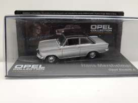 Opel  - Kadett A coupe silver/black - 1:43 - Magazine Models - Ope135 - MagOpe135 | Tom's Modelauto's