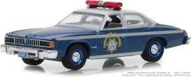 Pontiac  - LeMans 1977 blue/silver - 1:64 - GreenLight - 42860C - gl42860C | Tom's Modelauto's