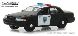 Ford  - Crown Victoria 2008  - 1:64 - GreenLight - 42870D - gl42870D | Tom's Modelauto's