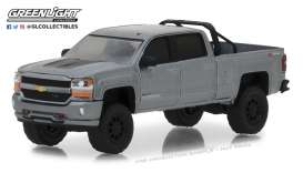 Chevrolet  - Silverado 2018 grey - 1:64 - GreenLight - 35110F - gl35110F | Tom's Modelauto's