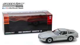 Chevrolet  - Corvette C4  1984 silver metallic - 1:18 - GreenLight - 13534 - gl13534 | Tom's Modelauto's
