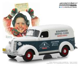 Chevrolet  - Panel Truck 1939  - 1:24 - GreenLight - 18249 - gl18249 | Tom's Modelauto's