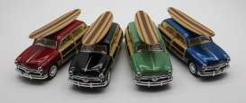 Ford  - Woody Wagon  1949 various - 1:36 - Kinsmart - 5402DS - KT5402DS | Tom's Modelauto's