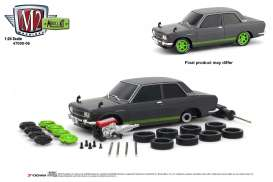 Datsun  - 510 1970 grey/green - 1:24 - M2 Machines - 47000-06A - M2-47000-06A | Tom's Modelauto's