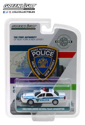 Ford  - Crown Victoria 2003 white/blue - 1:64 - GreenLight - 30010 - gl30010 | Tom's Modelauto's