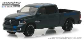 Ram  - 1500 Sport 2017 black/blue - 1:64 - GreenLight - 30013 - gl30013 | Tom's Modelauto's