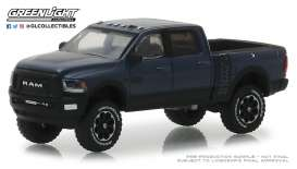 Ram  - 2500 Power Wagon 2018 black - 1:64 - GreenLight - 30016 - gl30016 | Tom's Modelauto's