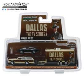 Ford  - LTD Country Squire 1979 brown/creme - 1:64 - GreenLight - 31070C - gl31070C | Tom's Modelauto's