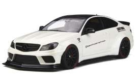 Mercedes Benz  - C63 2013 white/black - 1:18 - Kyosho - J023 - kyoJ023 | Tom's Modelauto's