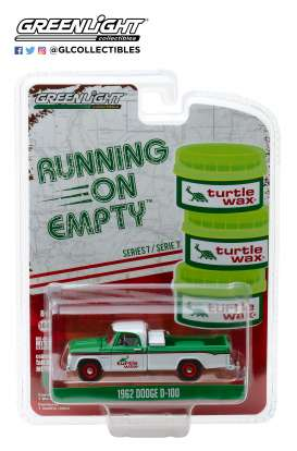 Dodge  - D-100 1962 white/green/red - 1:64 - GreenLight - 41070B - gl41070B | Tom's Modelauto's
