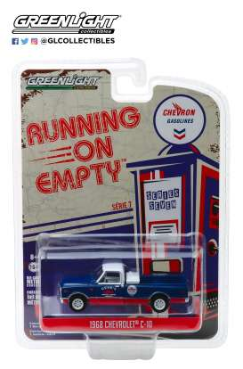 Chevrolet  - C-10 1968 blue/red - 1:64 - GreenLight - 41070C - gl41070C | Tom's Modelauto's