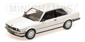 BMW  - 323I 1982 white - 1:18 - Minichamps - 155026005 - mc155026005 | Tom's Modelauto's