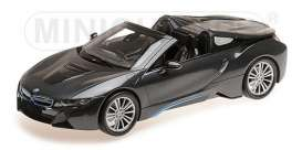 BMW  - I8 Roadster 2017 grey metallic - 1:18 - Minichamps - 155027030 - mc155027030 | Tom's Modelauto's