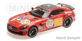 Mercedes Benz  - 2017 red - 1:18 - Minichamps - 155036024 - mc155036024 | Tom's Modelauto's
