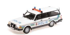 Volvo  - 240 GL 1986 white/blue - 1:18 - Minichamps - 155171480 - mc155171480 | Tom's Modelauto's