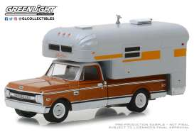 Chevrolet  - C-10 1970 brown/white - 1:64 - GreenLight - 30023 - gl30023 | Tom's Modelauto's