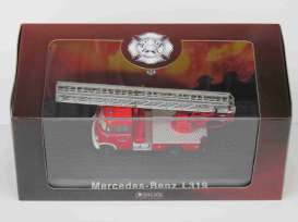 Mercedes Benz  - L319 red - 1:72 - Magazine Models - 4144107 - magAT4144107 | Toms Modelautos