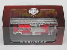 Mercedes Benz  - L1519 red - 1:72 - Magazine Models - 4144109 - magAT4144109 | Toms Modelautos