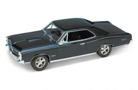 Pontiac  - 1966 dark green - 1:18 - Welly - 19856gn - welly19856gn | Tom's Modelauto's