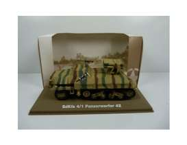 Military Vehicles  - Panzerwerfer 42 1940 green/sand - 1:43 - Magazine Models - MILBL13 - magMILBL13 | Tom's Modelauto's