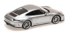 Porsche  - 911 2018 silver metallic - 1:43 - Minichamps - 410067422 - mc410067422 | Tom's Modelauto's
