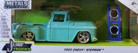 Chevrolet  - Stepside 1955 light blue - 1:24 - Jada Toys - 54027W20 - jada54027W20-2 | Tom's Modelauto's