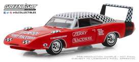Dodge  - Charger Daytona 1969 red/white - 1:64 - GreenLight - 30043 - gl30043 | Tom's Modelauto's
