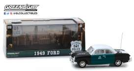Ford  - 1949 black/green/white - 1:43 - GreenLight - 86165 - gl86165 | Tom's Modelauto's