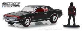 Chevrolet  - 1968 black/red - 1:64 - GreenLight - 97060C - gl97060C | Tom's Modelauto's