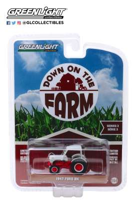 Ford  - 8N Tractor 1947 white/red - 1:64 - GreenLight - 48030A - gl48030A | Toms Modelautos