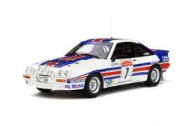 Opel  - Manta 400R 1983 white/red/blue - 1:18 - OttOmobile Miniatures - 761 - otto761 | Tom's Modelauto's