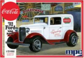 Ford  - Sedan Delivery 1932  - 1:25 - MPC - 902 - mpc902 | Tom's Modelauto's