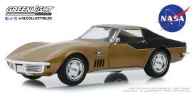 Chevrolet  - Corvette  1969 gold - 1:24 - GreenLight - 18254 - gl18254 | Tom's Modelauto's
