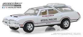 Oldsmobile  - Vista Cruiser 1970 white/silver - 1:64 - GreenLight - 30049 - gl30049 | Tom's Modelauto's