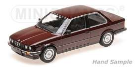 BMW  - 323I 1982 red - 1:18 - Minichamps - 155026007 - mc155026007 | Tom's Modelauto's