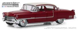 Cadillac  - Fleetwood 1955 red - 1:64 - GreenLight - 39010A - gl39010A | Tom's Modelauto's