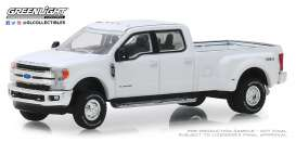 Ford  - F-350 2018 white - 1:64 - GreenLight - 46010C - gl46010C | Tom's Modelauto's
