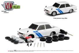 Datsun  - 510 1970 white/blue - 1:24 - M2 Machines - 47000-07A - M2-47000-07A | Tom's Modelauto's