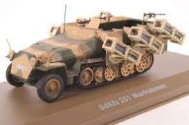Military Vehicles  - SDKFZ 251 Wurfrahmen green/sand - 1:43 - Magazine Models - MILBL17 - magMILBL17 | Tom's Modelauto's