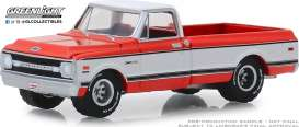 Chevrolet  - K-20 1969 red - 1:64 - GreenLight - 37180C - gl37180C | Tom's Modelauto's
