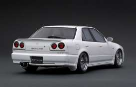 Nissan  - Skyline 25GT Turbo white - 1:18 - Ignition - IG1580 - IG1580 | Toms Modelautos