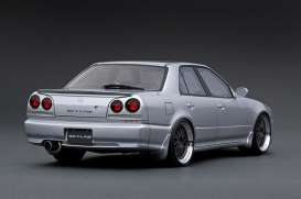 Nissan  - Skyline 25GT Turbo silver - 1:18 - Ignition - IG1578 - IG1578 | Tom's Modelauto's