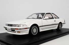 Toyota  - Soarer  white - 1:18 - Ignition - IG1328 - IG1328 | Tom's Modelauto's